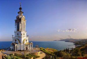 Храм-маяк в Малореческом